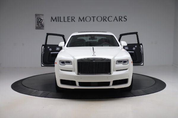 Used 2018 Rolls-Royce Ghost for sale $247,900 at Aston Martin of Greenwich in Greenwich CT 06830 10