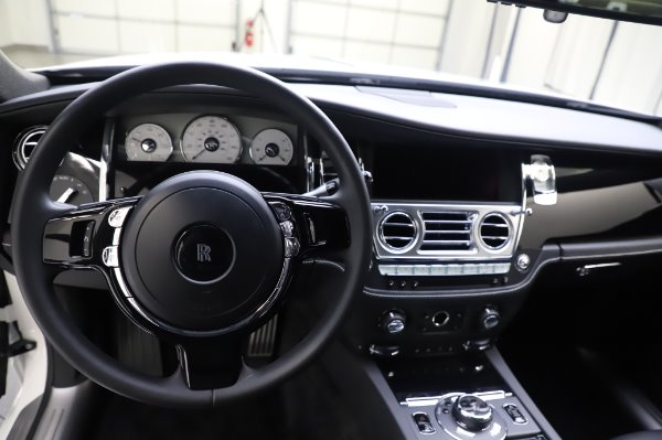 Used 2018 Rolls-Royce Ghost for sale $247,900 at Aston Martin of Greenwich in Greenwich CT 06830 15