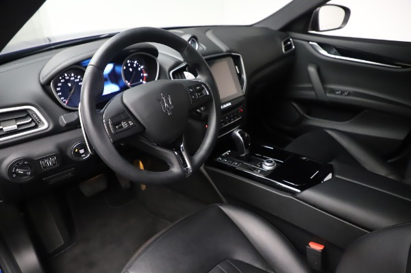 Used 2017 Maserati Ghibli S Q4 for sale Sold at Aston Martin of Greenwich in Greenwich CT 06830 13