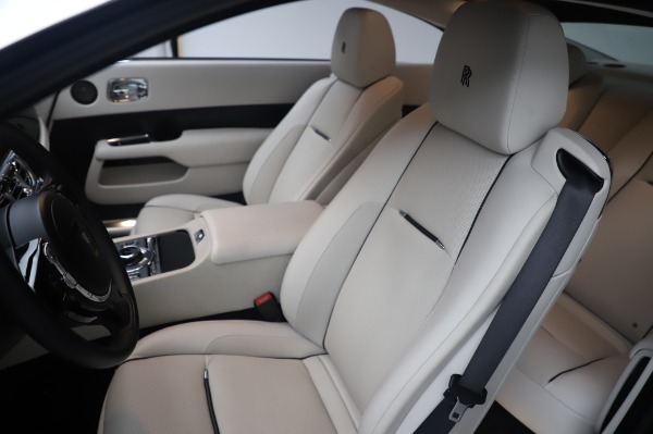 Used 2015 Rolls-Royce Wraith for sale $189,900 at Aston Martin of Greenwich in Greenwich CT 06830 12