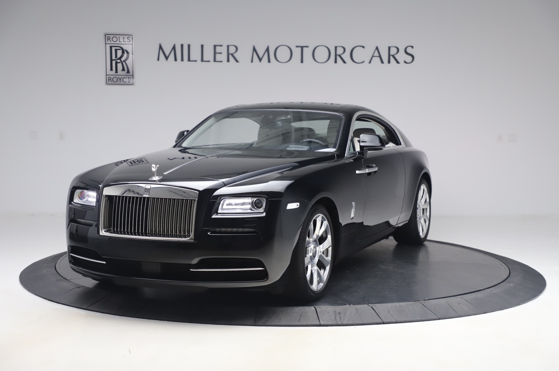 Used 2015 Rolls-Royce Wraith for sale $189,900 at Aston Martin of Greenwich in Greenwich CT 06830 1