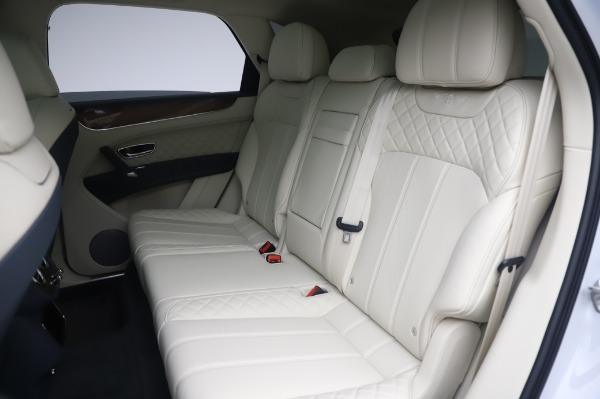 Used 2020 Bentley Bentayga Hybrid for sale $189,900 at Aston Martin of Greenwich in Greenwich CT 06830 24