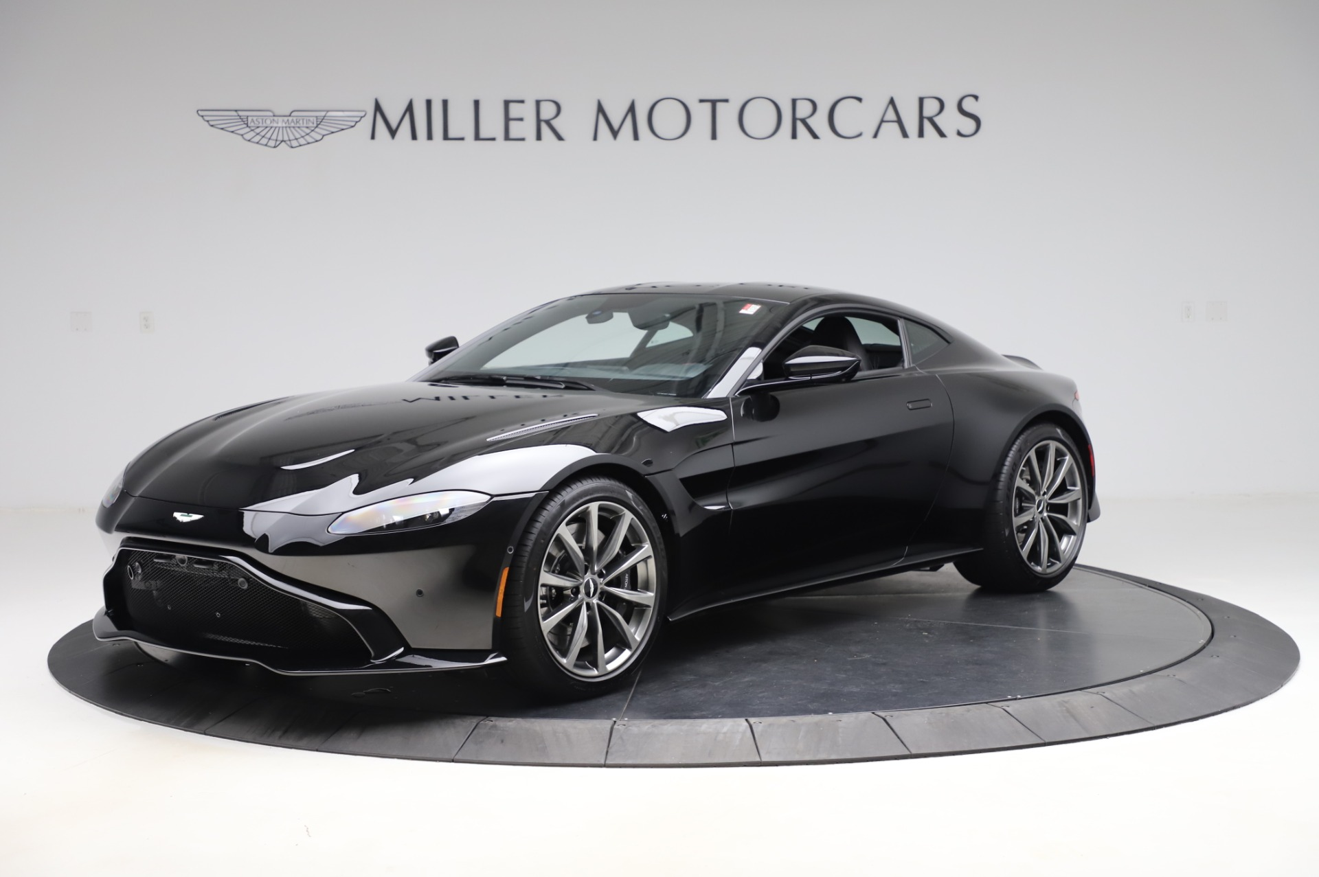 New 2020 Aston Martin Vantage Coupe for sale $181,981 at Aston Martin of Greenwich in Greenwich CT 06830 1