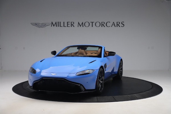 New 2021 Aston Martin Vantage Roadster for sale Call for price at Aston Martin of Greenwich in Greenwich CT 06830 12