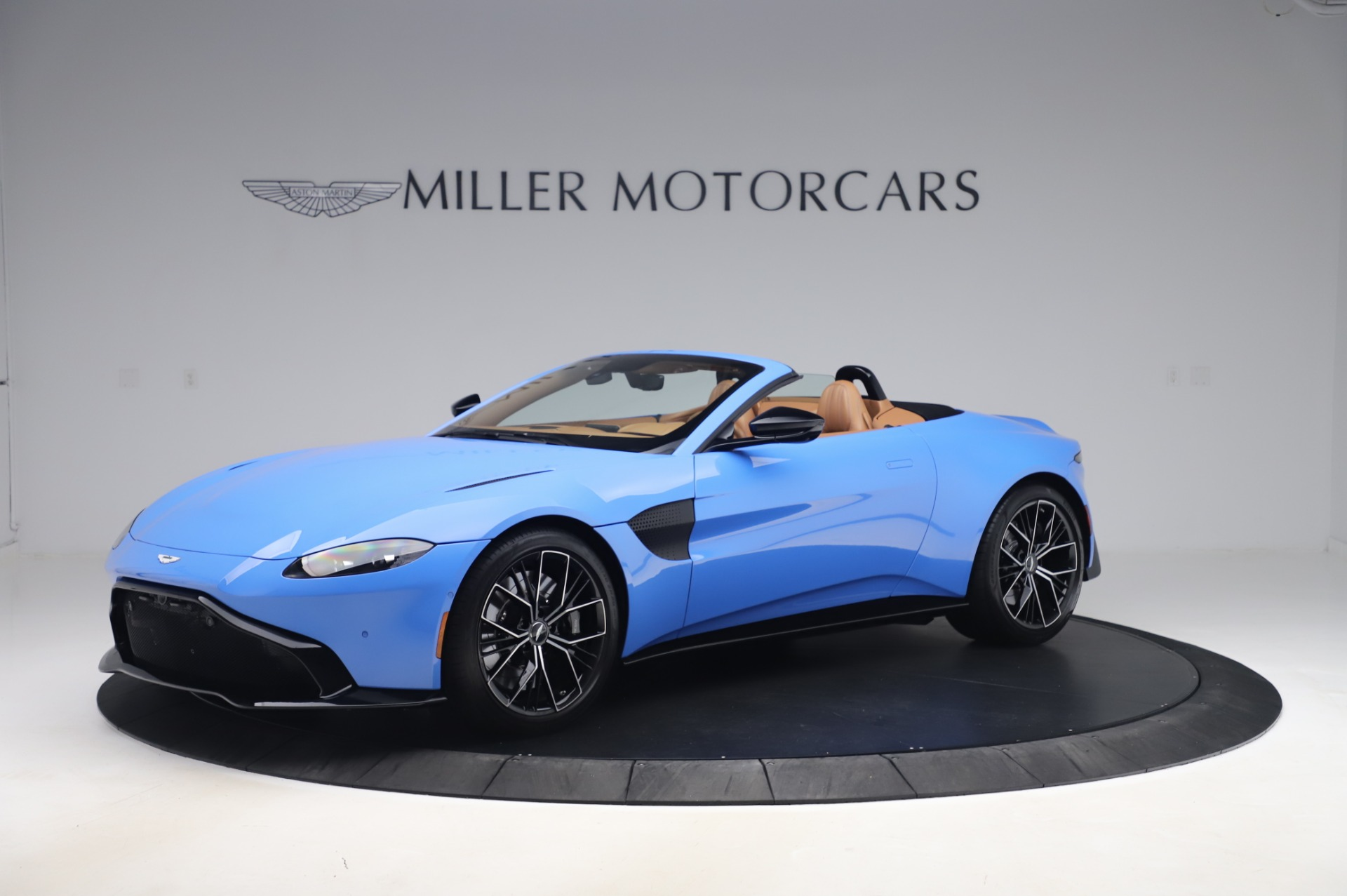 New 2021 Aston Martin Vantage Roadster for sale Call for price at Aston Martin of Greenwich in Greenwich CT 06830 1