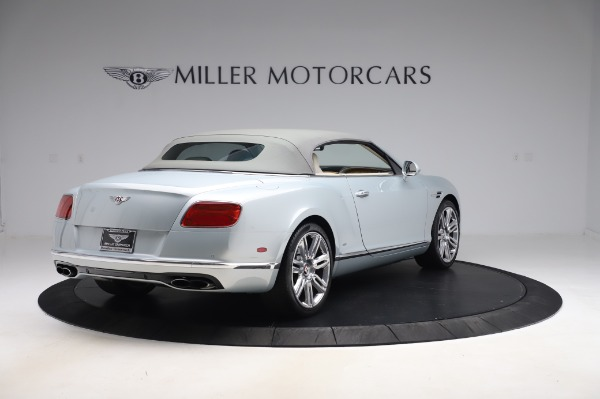 Used 2017 Bentley Continental GTC V8 for sale $156,900 at Aston Martin of Greenwich in Greenwich CT 06830 16