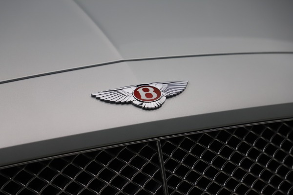 Used 2017 Bentley Continental GTC V8 for sale $156,900 at Aston Martin of Greenwich in Greenwich CT 06830 20