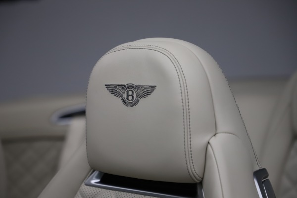 Used 2017 Bentley Continental GTC V8 for sale $156,900 at Aston Martin of Greenwich in Greenwich CT 06830 22