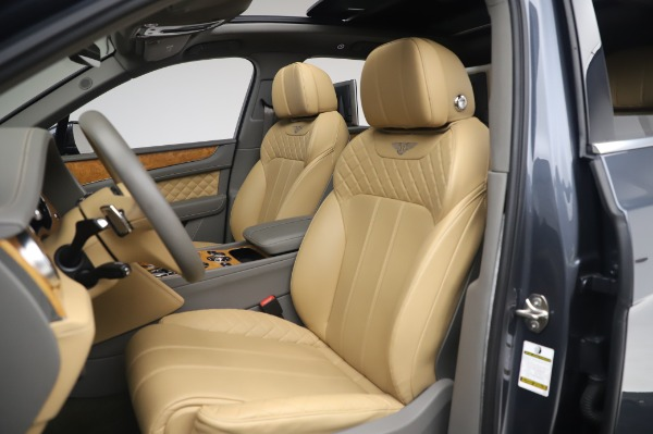 Used 2017 Bentley Bentayga W12 for sale Sold at Aston Martin of Greenwich in Greenwich CT 06830 19