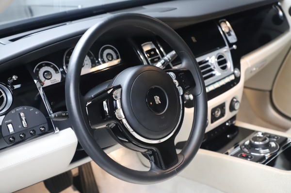 Used 2014 Rolls-Royce Wraith for sale $165,900 at Aston Martin of Greenwich in Greenwich CT 06830 16