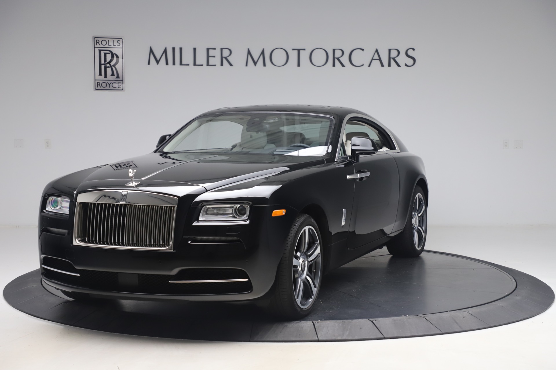 Used 2014 Rolls-Royce Wraith for sale $165,900 at Aston Martin of Greenwich in Greenwich CT 06830 1