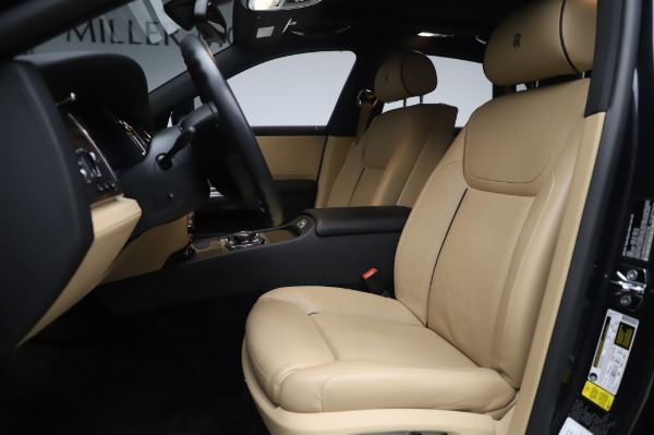 Used 2016 Rolls-Royce Ghost for sale $175,900 at Aston Martin of Greenwich in Greenwich CT 06830 15