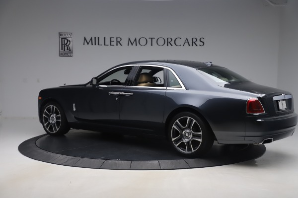 Used 2016 Rolls-Royce Ghost for sale $175,900 at Aston Martin of Greenwich in Greenwich CT 06830 4
