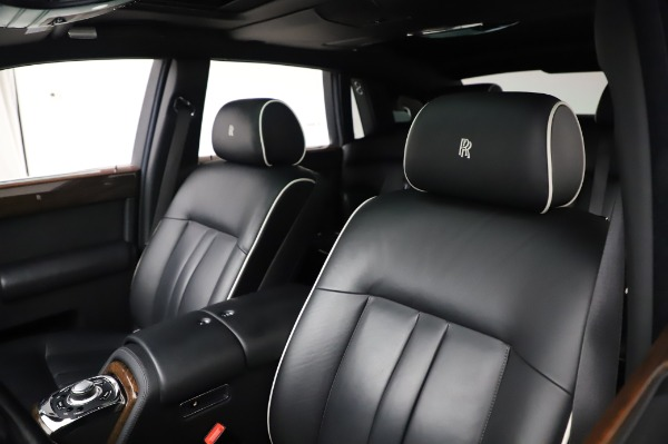 Used 2014 Rolls-Royce Phantom for sale $189,900 at Aston Martin of Greenwich in Greenwich CT 06830 12