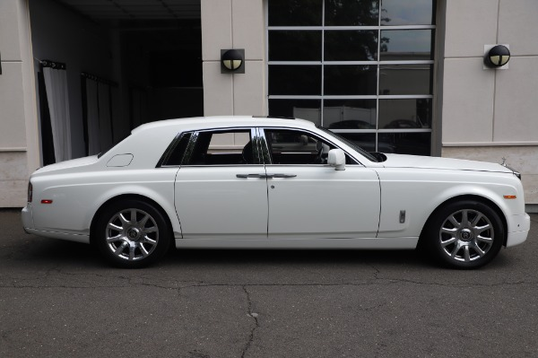 Used 2014 Rolls-Royce Phantom for sale $189,900 at Aston Martin of Greenwich in Greenwich CT 06830 6