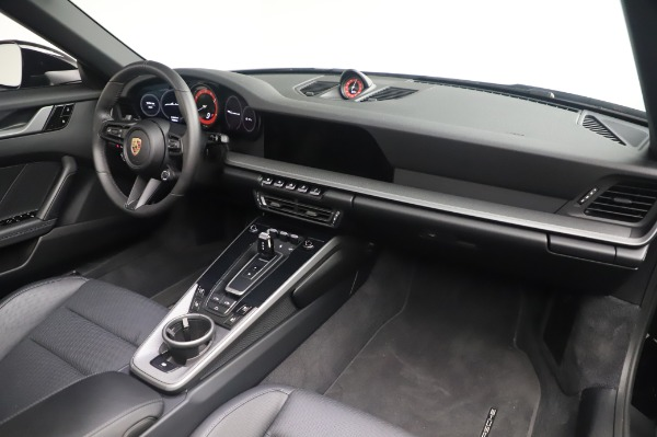 Used 2020 Porsche 911 Carrera 4S for sale $142,900 at Aston Martin of Greenwich in Greenwich CT 06830 22