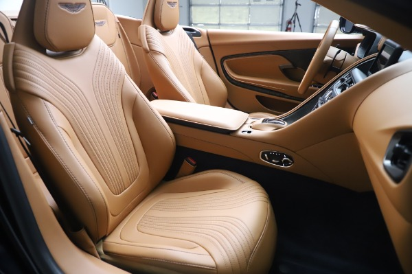 Used 2019 Aston Martin DB11 Volante for sale $219,900 at Aston Martin of Greenwich in Greenwich CT 06830 20