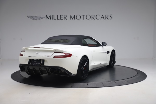 Used 2018 Aston Martin Vanquish S Volante for sale $193,900 at Aston Martin of Greenwich in Greenwich CT 06830 24