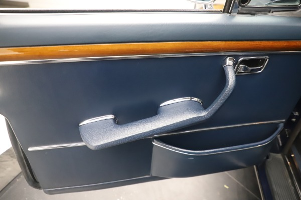 Used 1971 Mercedes Benz 300 SEL 6.3 for sale $117,000 at Aston Martin of Greenwich in Greenwich CT 06830 19