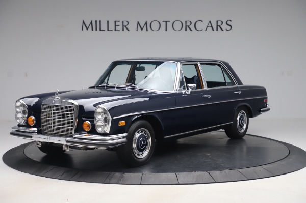 Used 1971 Mercedes-Benz 300 SEL 6.3 for sale $117,000 at Aston Martin of Greenwich in Greenwich CT 06830 2
