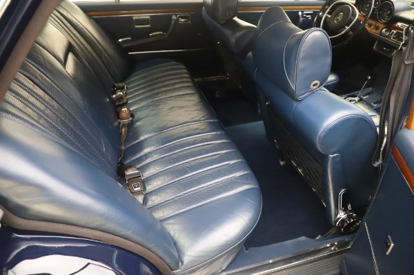 Used 1971 Mercedes-Benz 300 SEL 6.3 for sale $117,000 at Aston Martin of Greenwich in Greenwich CT 06830 20