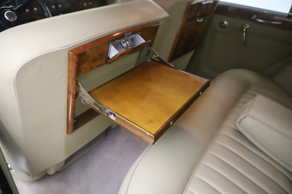 Used 1965 Rolls-Royce Silver Cloud III for sale $99,900 at Aston Martin of Greenwich in Greenwich CT 06830 20