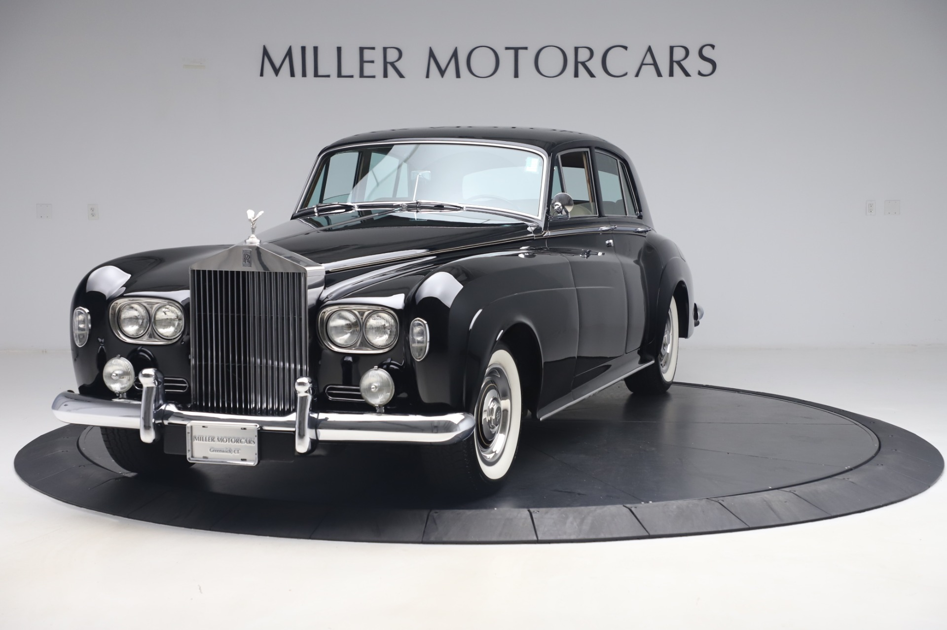 Used 1965 Rolls-Royce Silver Cloud III for sale $99,900 at Aston Martin of Greenwich in Greenwich CT 06830 1