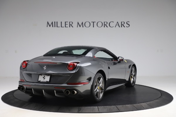 Used 2015 Ferrari California T for sale $141,900 at Aston Martin of Greenwich in Greenwich CT 06830 19
