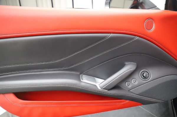 Used 2015 Ferrari California T for sale $141,900 at Aston Martin of Greenwich in Greenwich CT 06830 28