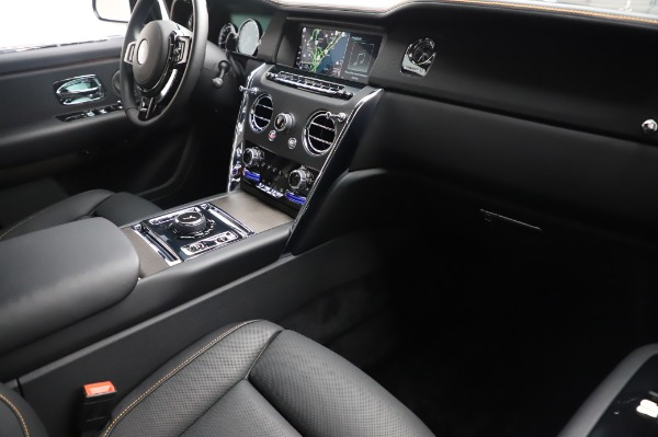 Used 2020 Rolls-Royce Cullinan for sale $355,900 at Aston Martin of Greenwich in Greenwich CT 06830 13