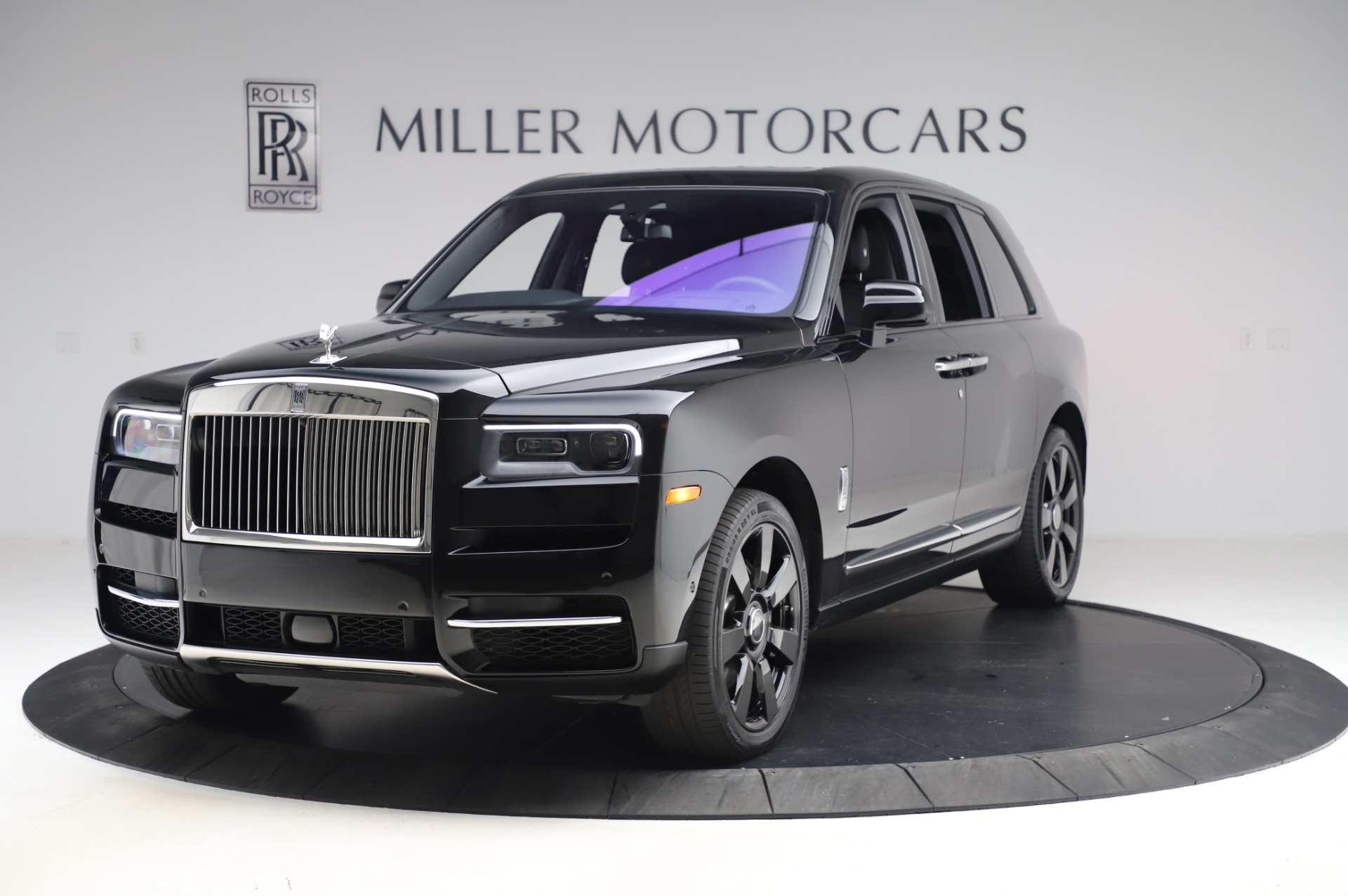 Used 2020 Rolls-Royce Cullinan for sale $355,900 at Aston Martin of Greenwich in Greenwich CT 06830 1