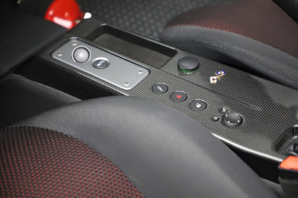 Used 2009 Ferrari 430 Scuderia Spider 16M for sale $322,900 at Aston Martin of Greenwich in Greenwich CT 06830 17