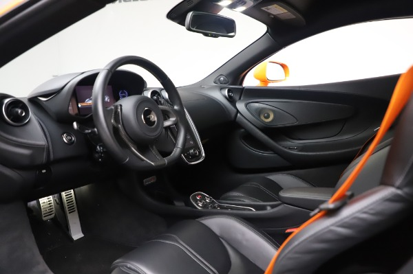 Used 2017 McLaren 570S Coupe for sale $149,900 at Aston Martin of Greenwich in Greenwich CT 06830 16