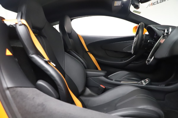 Used 2017 McLaren 570S Coupe for sale $149,900 at Aston Martin of Greenwich in Greenwich CT 06830 21