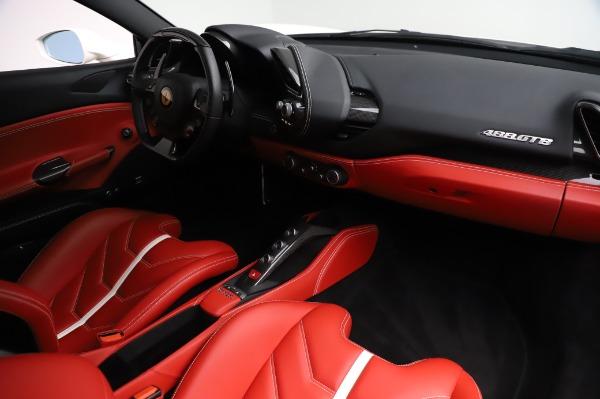Used 2016 Ferrari 488 GTB Base for sale $239,900 at Aston Martin of Greenwich in Greenwich CT 06830 17