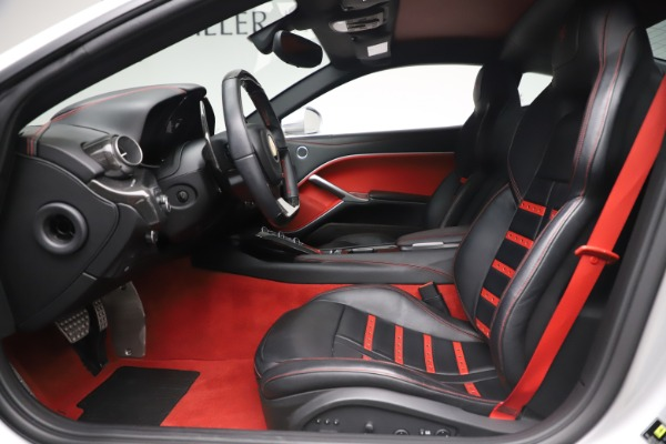 Used 2015 Ferrari F12 Berlinetta for sale $235,900 at Aston Martin of Greenwich in Greenwich CT 06830 14