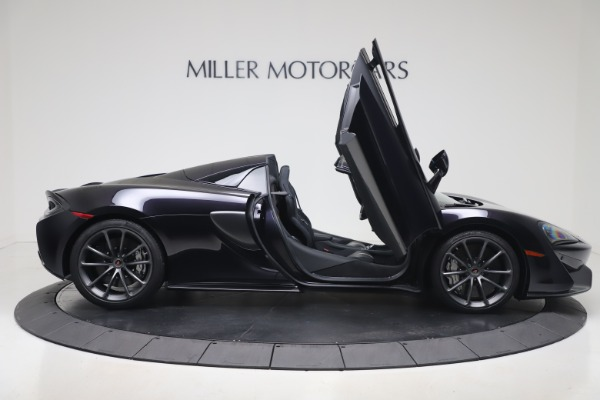 Used 2019 McLaren 570S Spider for sale $186,900 at Aston Martin of Greenwich in Greenwich CT 06830 23