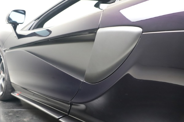 Used 2019 McLaren 570S Spider Convertible for sale $189,900 at Aston Martin of Greenwich in Greenwich CT 06830 26