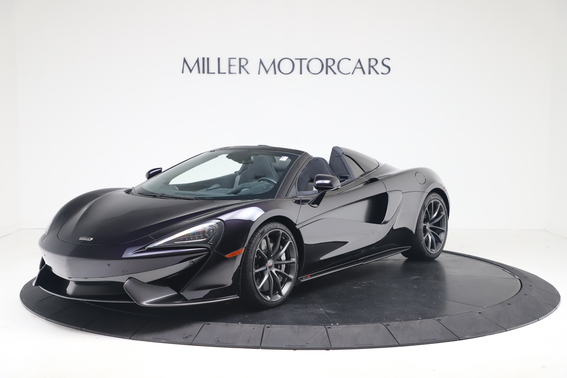 Used 2019 McLaren 570S Spider Convertible for sale $189,900 at Aston Martin of Greenwich in Greenwich CT 06830 1