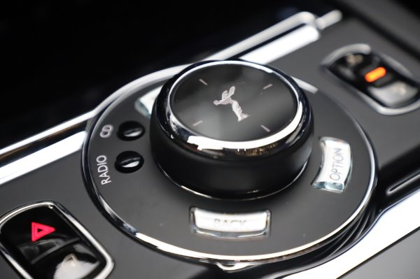 Used 2017 Rolls-Royce Wraith Black Badge for sale $269,900 at Aston Martin of Greenwich in Greenwich CT 06830 19