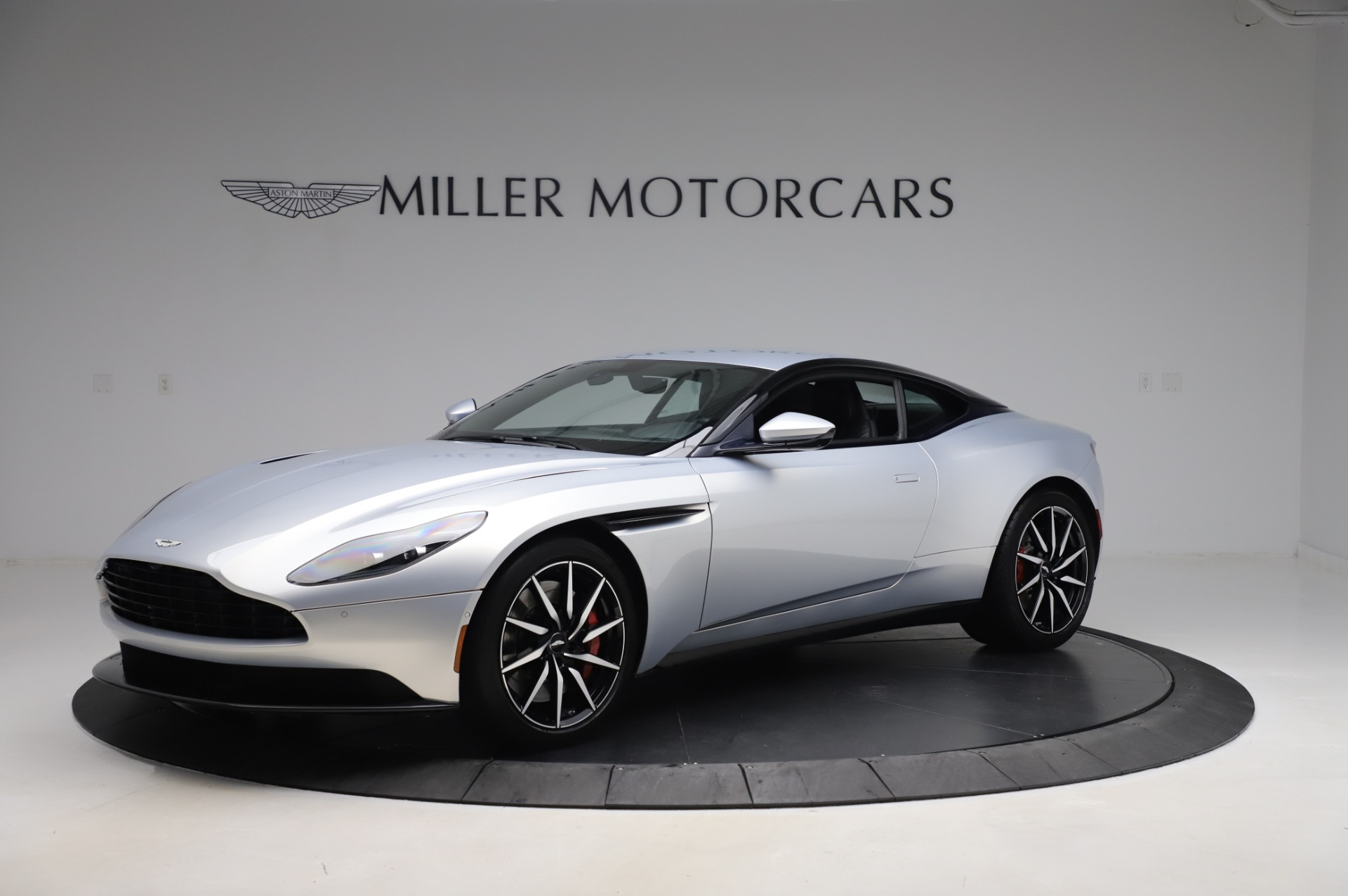 Used 2018 Aston Martin DB11 V8 Coupe for sale Sold at Aston Martin of Greenwich in Greenwich CT 06830 1