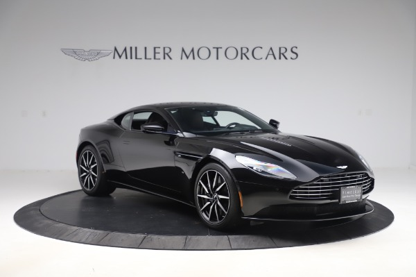 Used 2017 Aston Martin DB11 V12 Coupe for sale $149,900 at Aston Martin of Greenwich in Greenwich CT 06830 10