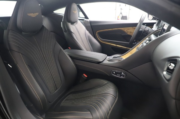 Used 2017 Aston Martin DB11 V12 for sale $149,900 at Aston Martin of Greenwich in Greenwich CT 06830 23