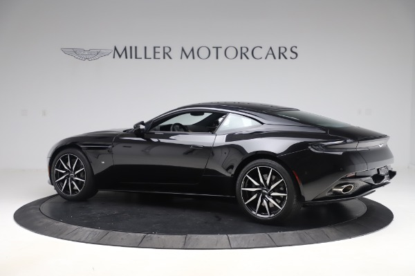 Used 2017 Aston Martin DB11 V12 Coupe for sale $149,900 at Aston Martin of Greenwich in Greenwich CT 06830 3