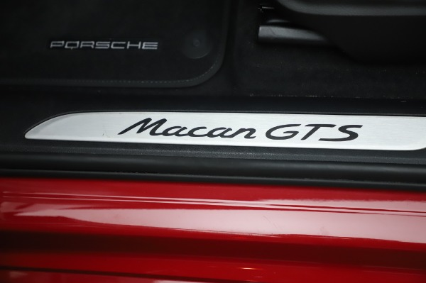 Used 2017 Porsche Macan GTS for sale $57,900 at Aston Martin of Greenwich in Greenwich CT 06830 24