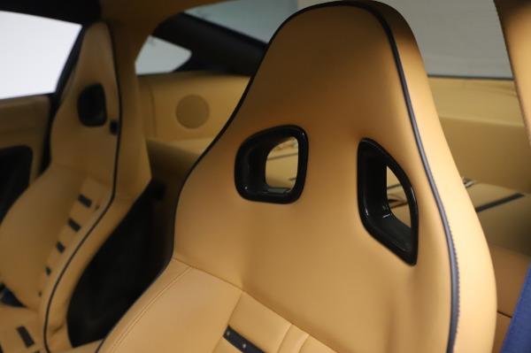 Used 2009 Ferrari 599 GTB Fiorano for sale $165,900 at Aston Martin of Greenwich in Greenwich CT 06830 18