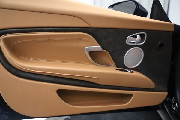 New 2020 Aston Martin DB11 Volante Volante for sale $248,326 at Aston Martin of Greenwich in Greenwich CT 06830 24