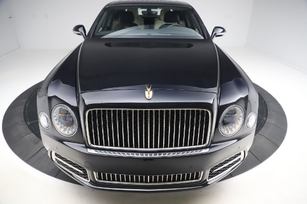 Used 2018 Bentley Mulsanne Speed for sale $239,900 at Aston Martin of Greenwich in Greenwich CT 06830 13