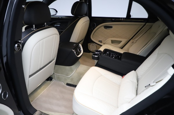 Used 2018 Bentley Mulsanne Speed for sale $239,900 at Aston Martin of Greenwich in Greenwich CT 06830 26