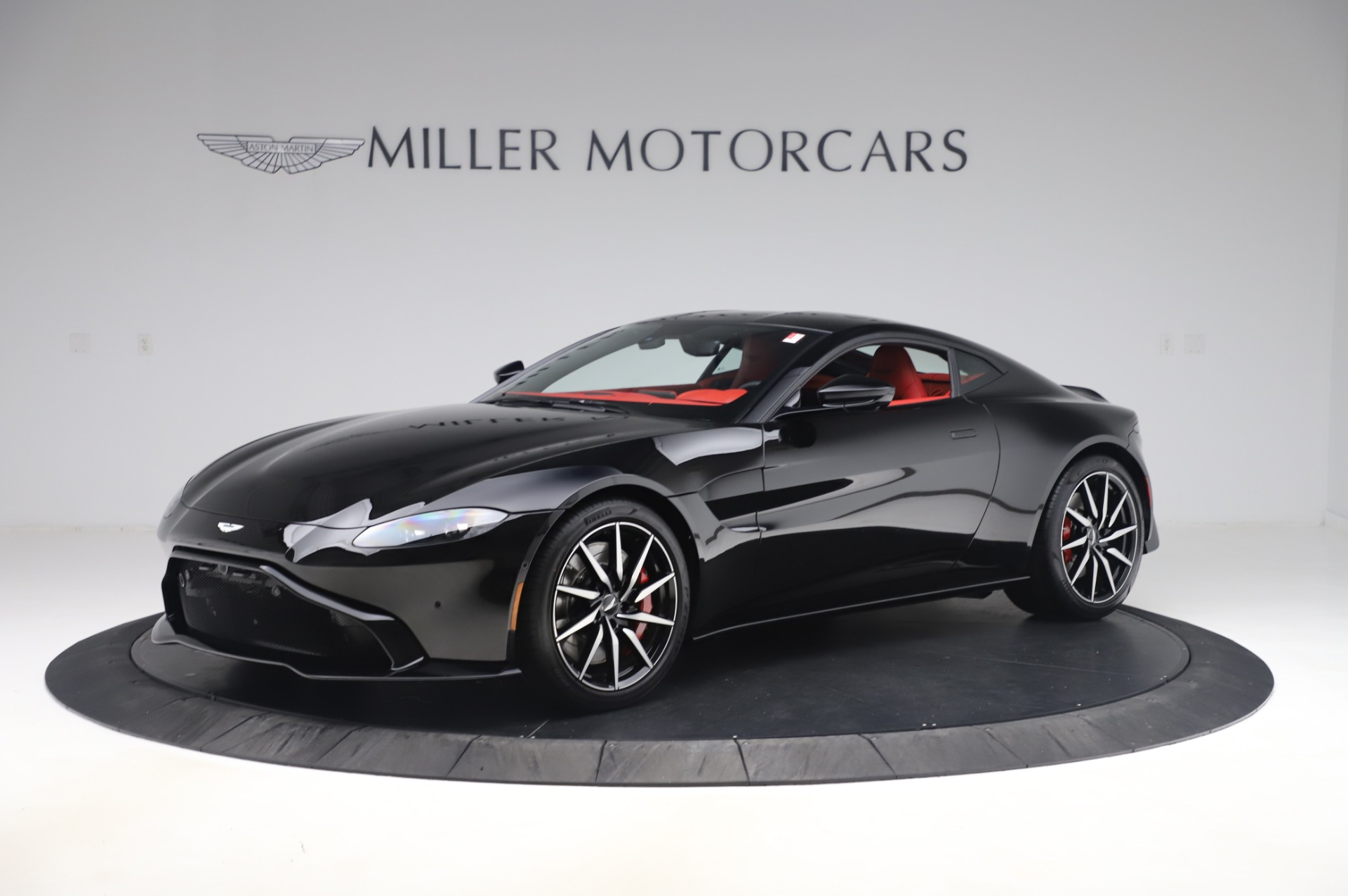 New 2020 Aston Martin Vantage Coupe for sale $185,181 at Aston Martin of Greenwich in Greenwich CT 06830 1